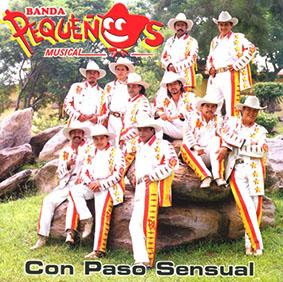Album Con Paso Sensual de Pequeños Musical