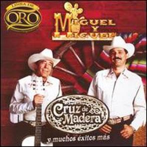 Album Línea De Oro: Cruz De Madera Y Muchos Éxitos Más