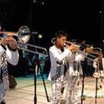 Banda Pequeños Musical En Un Concierto
